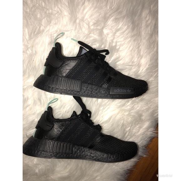 ce323c051 adidas Shoes - NMD R1 MINT GLOW ( BLACK )